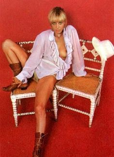 Anita Pallemberg defined boho rock star cool and muse with her realtionship with Rolling Stones Brian Jones and Keith Richards. Los Rolling Stones, Anita Pallenberg, Boho Rock, Women Of Rock, Thing 1, Classic Actresses, Keith Richards, Now And Forever, Sensual