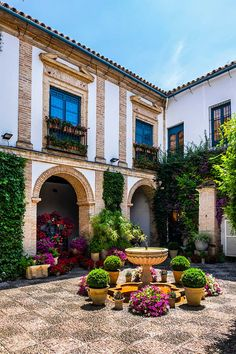 Italy Street, Casa Patio, Vacation Places, Morocco, Europe, Mansions, Landscape, Architecture, House Styles