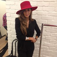 Nicole Scherzinger looking shamazing in our red shaker hat! #riverisland