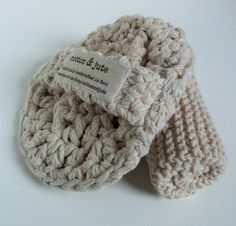 Eco-friendly large crochet body scrubby and one washcloth in 100% natural cotton and jute
