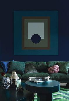 3 COLOR TRENDS 2018 BY ALCRO –  ' Dark Wood.'