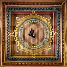 dutch artist Levi Van Veluw and his collaboration with lHermès on 690 and 691 madison avenue boutique in new york http://www.designboom.com/art/levi-van-veluw-hermes-new-york-window-display-fall-vitrine-dartiste-09-30-2016/