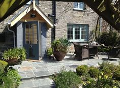 Dormouse Cottage, Penrose, Padstow, Cornwall, England, Self Catering, #WeAcceptPets PetFriendly. Holiday. Travel. Walks. Day Out. Dog Friendly.