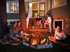 Pumpkin Bonfire >> http://www.diynetwork.com/decorating/budget-friendly-outdoor-halloween-decorations/pictures/index.html?soc=pinterest
