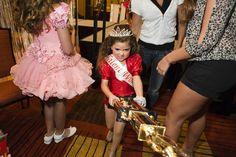 Lauren Greenfield Child Beauty Queens