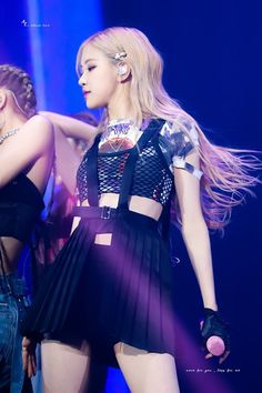 Blackpink Fashion, Korean Fashion, Fashion Outfits, Kim Jennie, Divas, Rose Bonbon, 1 Rose, Kim Jisoo, Blackpink Photos
