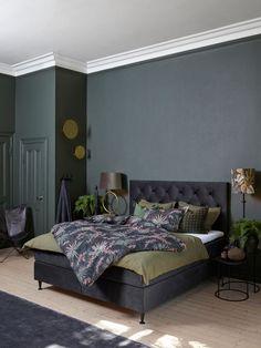 House Of Philia, Pale Pink Bedrooms, White Bedroom, Bedroom Colors, Room Decor Bedroom, Craftsman Style Bungalow, College Room Decor, Living Room Grey, Trendy Bedroom