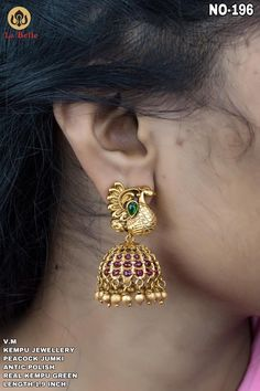 Gorgeous one gram gold jumkhi with swan design. 23 October 2019 Gorgeous one gram gold jumkhi with swan design. Gold Earrings For Women, Gold Earrings Designs, Ring Designs, 1 Gram Gold Jewellery, Gold Jewellery Design, Gold Jhumka Earrings, Amethyst Earrings, Gold Necklace, Stud Earrings