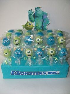 Monsters Inc (Cake Pops) I love Mike Wizowskis facial expressions! Monster University Birthday, Monster Inc Party, Monster Birthday Parties, First Birthday Parties, 3rd Birthday, Birthday Ideas, Monsters Inc Cake Pops, Monster Inc Cakes, Monsters Ink