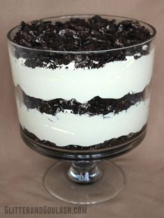 Say hello to your new favorite dessert! This trifle is packed with Oreos, cream cheese, vanilla pudding and cool whip. It is quick and easy to make and is always a crowd pleaser.  It can even be made the day before if time is an issue. I have actually had people tell …