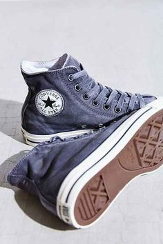 Trendy Women's Sneakers : Converse Chuck Taylor All Star Was.-Trendy Women's Sneakers : Converse Chuck Taylor All Star Washed High-Top Sneaker – Urban Outfitters – Fashion Inspire Sock Shoes, Cute Shoes, Me Too Shoes, Women's Shoes, Shoe Boots, Shoes Sneakers, Shoe Bag, Blue Sneakers, Shoes Style