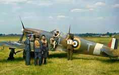 Spitfire in England   One of the best wartime colour images …   Flickr Airplane Pilot, Airplane Art, Ww2 Aircraft, Military Aircraft, Spitfire Supermarine, War Comics, Battle Of Britain, Nose Art, Royal Air Force