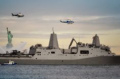 The USS New York pays tribute to the sacrifice and strength of our nation on 9/11. We will never forget. Learn more about the storied America's Navy warship.| #navy #usnavy #americasnavy navy.com