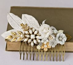 Bridal Hair Comb - Elegant One Of a Kind Vintage Hair Comb, White Shabby Chic Hair Comb, Wedding Hair Piece, Something Old Wedding Hair Flowers, Wedding Hair Pieces, Flowers In Hair, Fabric Flowers, Bridal Headpieces, Bridal Hair, Charlie Brown Jr, Corona Floral, Vintage Hair Combs