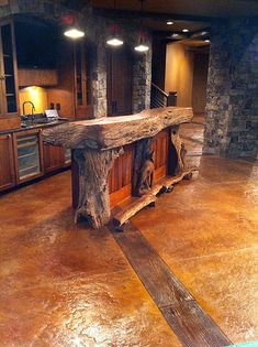 Rustic bar design is a bar designed without too many features that are modern, flashy or decorative. There are few essentials to use and a simple and quite plain style and you create a simple rustic bar. Farmhouse Homes, Rustic Farmhouse, Farmhouse Design, Wood Bar Top, Home Bar Designs, Basement Designs, Kitchen Themes, Kitchen Ideas, Kitchen Design