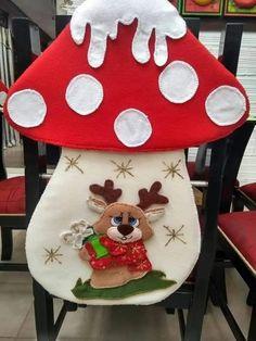 Christmas Chair, Christmas Stocking Kits, Felt Christmas Stockings, Christmas Wall Hangings, Christmas Fabric, Simple Christmas, Christmas Wreaths, Christmas Crafts, Christmas Decorations