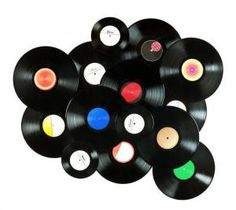 How To Decorate With Vinyl Records. Decorating using vintage and recycled materials is the latest trend. The old vinyl records stored on your shelves can now be reused in your home, but. Record Decor, Vinyl Record Crafts, Vinyl Record Display, Vinyl Record Store, Record Wall, Records Diy, Old Vinyl Records, Vinyl Decor, Vinyl Art