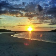 O fim de semana chegou e o pôr do sol de hoje é de Coroa Grande. Pernambuco-Brasil
