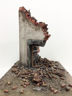 Warhammer Terrain, 40k Terrain, Wargaming Terrain, Building Drawing, Building Art, Apocalypse Photography, Post Apocalyptic City, Break Wall, Military Modelling