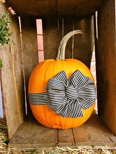 DIY Ribbon Pumpkin/ make with red & white gingham bow