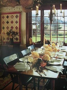 Love this Room...Thanksgiving Turkey and all the trimmings could be enjoyed at this table...