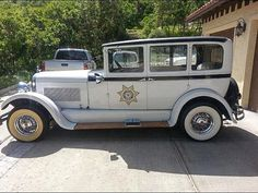 1927 Studebaker Commander Sheriff Police Car.