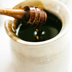 Green Your Skin-Care Routine with Raw Honey - Real Beauty - Mother Earth Living