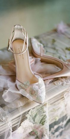 35 Best WEDDING SHOES & ACCESSORIES. images in 2020