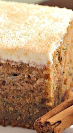 Cinnamon Zucchini Cake with Cream Cheese Frosting // Makes about 20 cupcakes. Frosting needs to be thickened (more powder sugar) for cupcake frosting. A delicious spiced zucchini cake topped with thick cream cheese frosting. Brownie Desserts, Just Desserts, Delicious Desserts, Dessert Recipes, Yummy Food, Frosting Recipes, Health Desserts, Cheesecake Recipes, Coconut Dessert