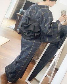 Yukata Kimono, Kimono Outfit, Kimono Fabric, Kimono Fashion, Dress Skirt, Dress Up, Modern Kimono, Silk Brocade, Japanese Outfits