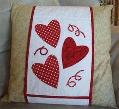 Hearts Pillow Wrap Pattern JS-009 (advanced beginner, houseware)