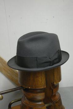 55af47a6 Vintage Grey Fur Felt German 1960's Mayser Milz Finas Short Rimmed Stingy Fedora  Trilby Hat EU 57 UK 7 US 7 1/8