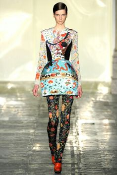 Mary Katrantzou Fall 2011 RTW - Porcelain inspired