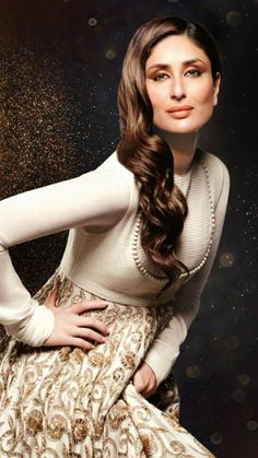 Bollywood Celebrities, Bollywood Fashion, Indian Actresses, Actors & Actresses, Kurti Styles, Kareena Kapoor Khan, Personal Stylist, Beautiful Actresses, Latest Trends