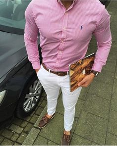 Tag someone you think should follow us for daily casual style inspiration. #modernmencasualstyle