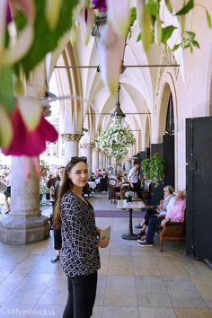 lady in black: One Day in Krakow #krakow #poland #polsko #lbloggers #travelling #krakov #easterneurope #cestovanie #visitpoland #visitkrakow #oldtown #visiteurope #placestosee #placestogo #tourist #vacation #travel #solotravel #romanticdestination #medieval #architecture #europe