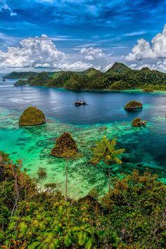 Raja Ampat- West Papua, Indonesia