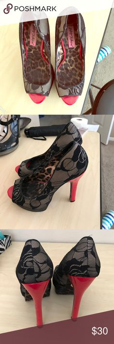 Betty Johnson red heels Bright red heels with leopard print. Open face Shoes Heels
