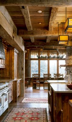 Rustic Kitchen with exposed beams, double range oven and the combined beauty of stone and design and decoration house design interior decorators design office de casas Rustic Kitchen Design, Rustic Design, Rustic Style, Rustic Theme, Modern Rustic, Rustic Colors, Rustic Decor, Rustic Backdrop, Rustic Curtains
