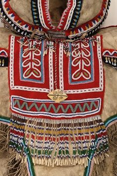 Wearing our Identity. The First Peoples Collection - McCord Museum Aboriginal Culture, Aboriginal Artists, Hand Work Embroidery, Creative Workshop, Family Outing, The Visitors, First Nations, Archaeology, Montreal
