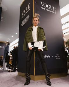 Joining #derberlinersalon with #vogue and #KaDeWe during the #berlin #fashion #week | Anzeige | wearing #lalaberlin and #isabelmarant