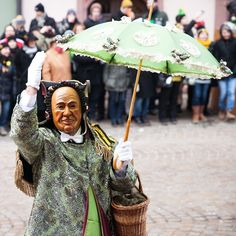 «Please meet the Schantle, one of the main characters of Rottweil carnival ! He looks very distinguished, doesn't he ? #Joingermantradition #jaimellemagne»