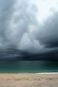 Moody Nature — Ocean Storm // By Teresa Henderson Beautiful World, Beautiful Places, Beautiful Pictures, Sky And Clouds, Storm Clouds, Sea Storm, All Nature, Belle Photo, Mother Nature