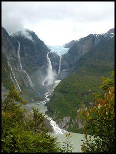 Ventisquero Colgante - Carretera Austral - Chile