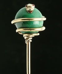 Gold and malachite cravat pin, c.1850. This was what Daniel's looked like!