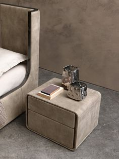 ICE Bedside table by Presotto Industrie Mobili design Pierangelo Sciuto Console Table, Bedside Table Decor, Bedside Table Design, Side Tables Bedroom, Sofa Side Table, Living Room Sofa Design, Bedroom Bed Design, Wall Texture Design, Bedroom Night Stands