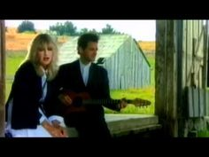 Fleetwood Mac - Little Lies. i'm gonna miss Christine's voice at the upcoming concert. booo.