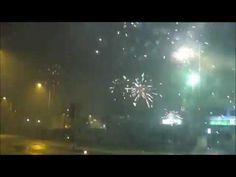 Silvester Feuerwerk in Kiel - So wurde Silvester in der Holtenauer Straße Kiel gefeiert. Feuerwerk mit allerlei Raketen Böllern und Batterien. Aufgenommen mit meiner Canon PowerShot SX710 HS: http://amzn.to/2h3kNTP