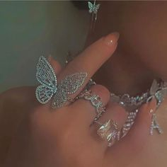 Boujee Aesthetic, Bad Girl Aesthetic, Stein Gold, Big Butterfly, Princess Aesthetic, Accesorios Casual, Glitz And Glam, Cute Jewelry, Jewelry Party