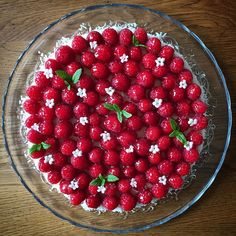 Když narozeniny, tak dort, když dort, tak cheesecake, když cheesecake, tak od @chezlucie! Všechno nejlepší, Marti!